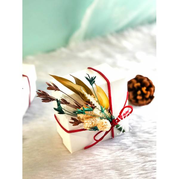 Floral Tea Gift box: Blooming delight in a box
