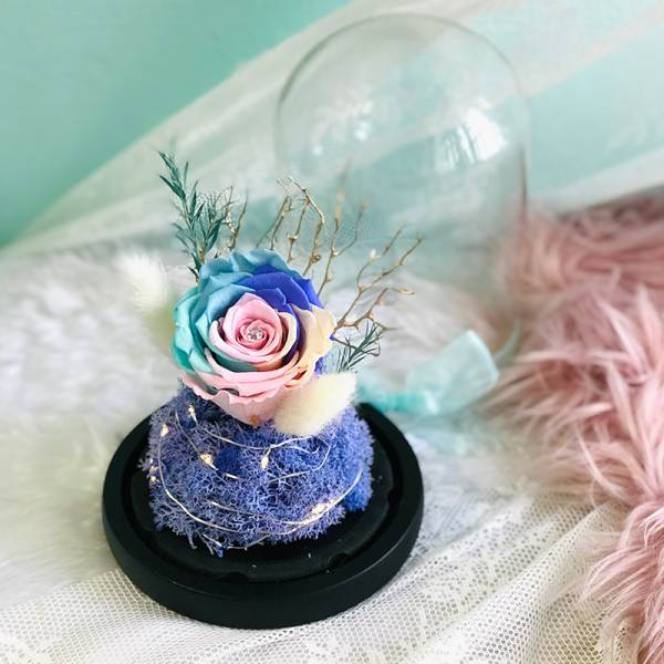 Floral Dome (with Fairy Lights) - Magical love